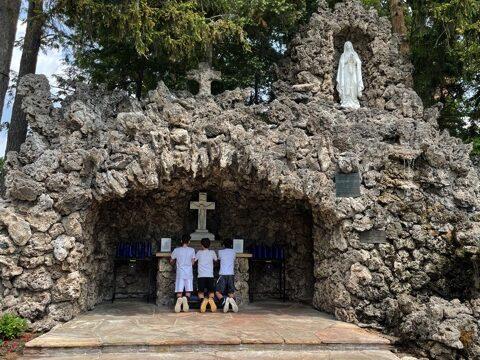 Celebrating Mary and the Rosary